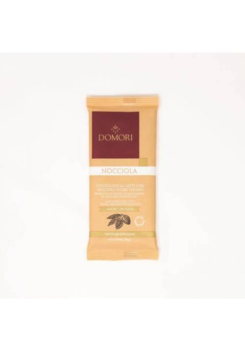 Domori Nocciola mleczna czekolada z całymi orzechami laskowymi